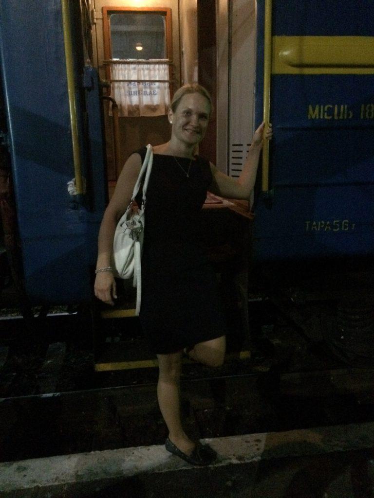 yöllä junassa